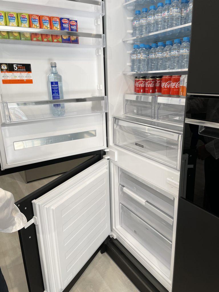 Cocina Whirlpool frigo combi Space 400